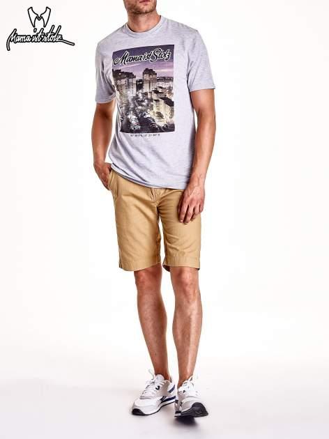 Szary t-shirt męski ze zdjęciem miasta                                  zdj.                                  8