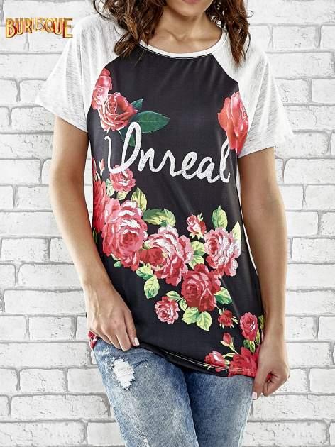 Szary t-shirt z kwiatowym nadrukiem i napisem UNREAL                                  zdj.                                  1
