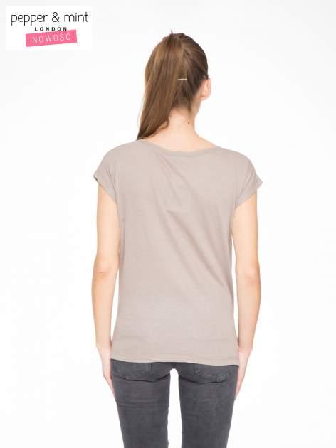 Szary t-shirt z nadrukiem NYC zdobiony dżetami                                  zdj.                                  4