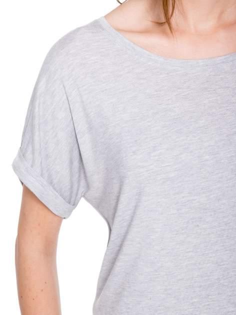 Szary t-shirt z nadrukiem ROCK na plecach                                  zdj.                                  6