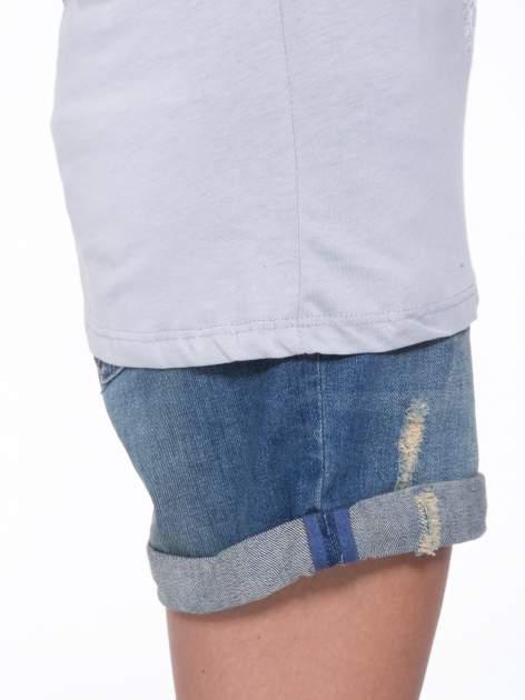 Szary t-shirt z nadukiem WIBE z przodu i na plecach                                  zdj.                                  9