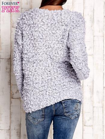 Szary włochaty sweter                                  zdj.                                  4