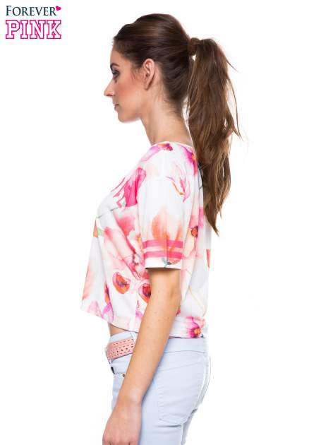 T-shirt crop top z floral printem                                  zdj.                                  2