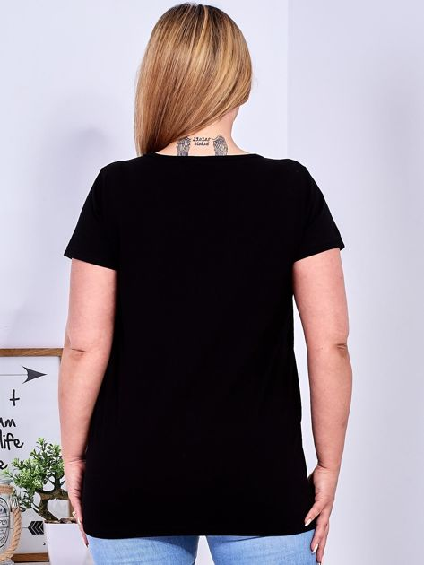 T-shirt czarny z gwiazdą z perełek PLUS SIZE                              zdj.                              2