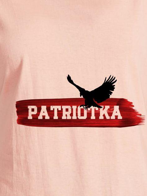 T-shirt damski patriotyczny z orłem PATRIOTKA łososiowy                              zdj.                              2