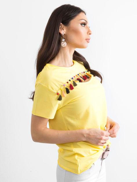 T-shirt damski z kolorowymi pomponikami żółty                              zdj.                              3
