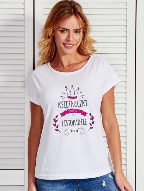 T-shirt damski z nadrukiem KSIĘŻNICZKA biały                              zdj.                              1