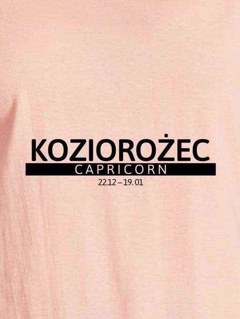 T-shirt damski z nadrukiem znaku zodiaku KOZIOROŻEC łososiowy                                  zdj.                                  2