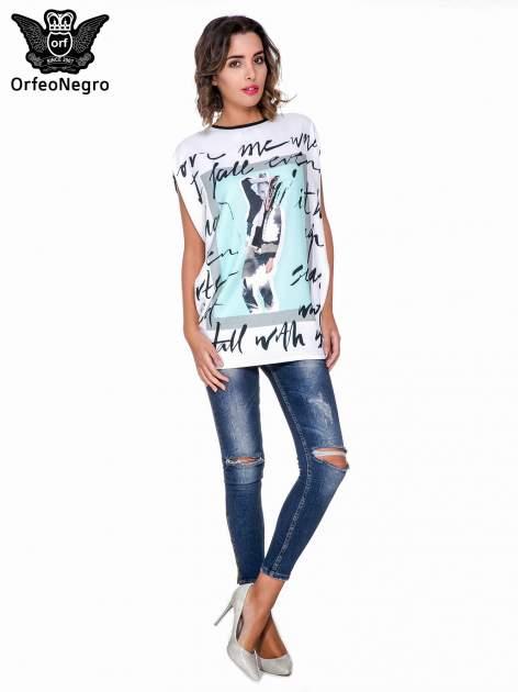 T-shirt o kimonowym kroju z nadrukiem w stylu fashion