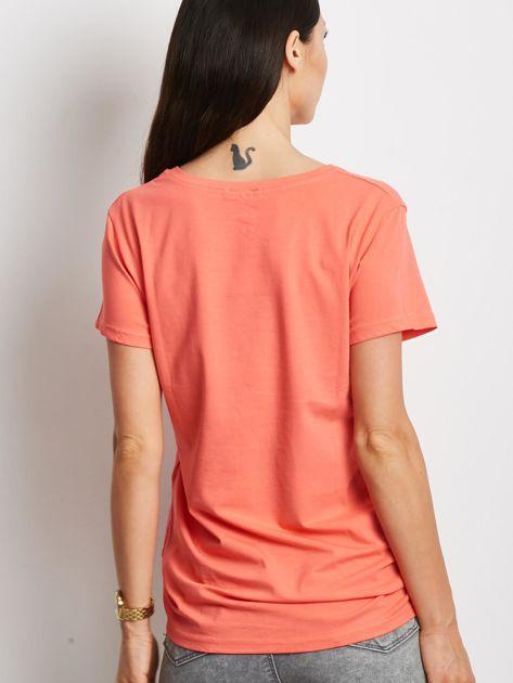 T-shirt pomarańczowy z napisem cut out                              zdj.                              2