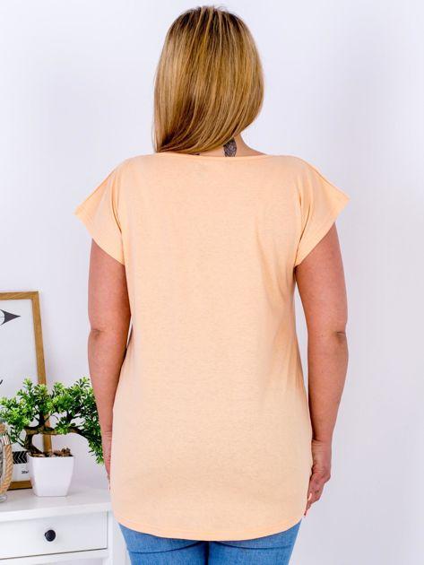 T-shirt pomarańczowy z truskawką PLUS SIZE                              zdj.                              2