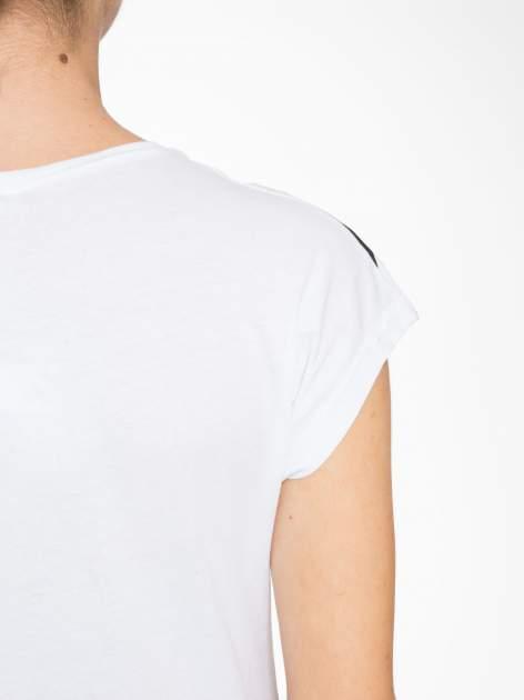 T-shirt w biało-czarne paski z napisem LOVE                                  zdj.                                  9