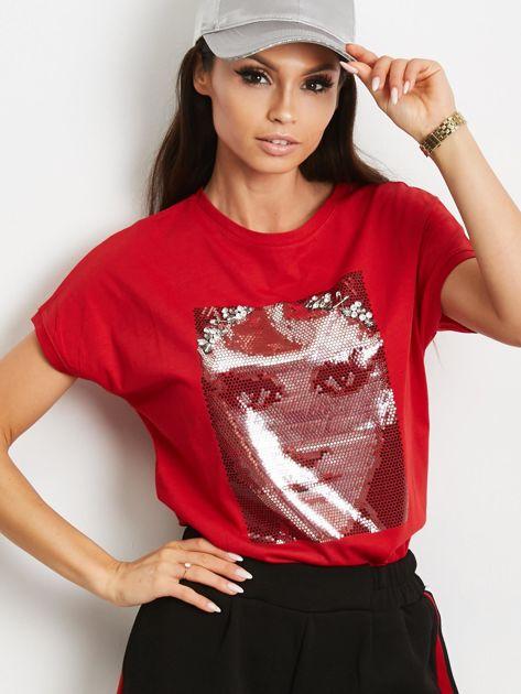 T-shirt z błyszczącym nadrukiem twarzy czerwony                              zdj.                              1