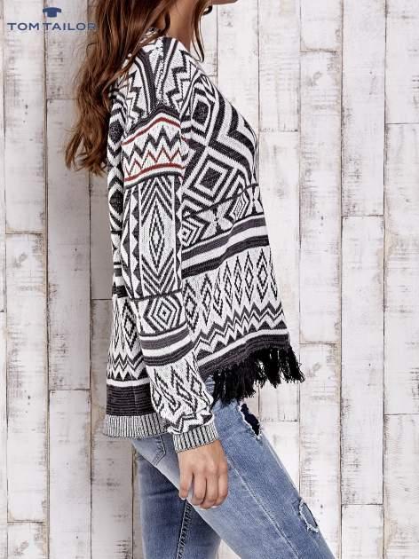 TOM TAILOR Biały sweter w etnicznym stylu z frędzlami                                   zdj.                                  3