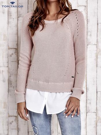 TOM TAILOR Brzoskwiniowy sweter z koszulą                                  zdj.                                  2