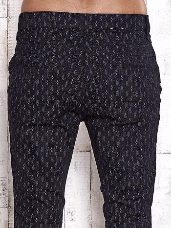 TOM TAILOR Czarne spodnie z graficznym nadrukiem                                  zdj.                                  6
