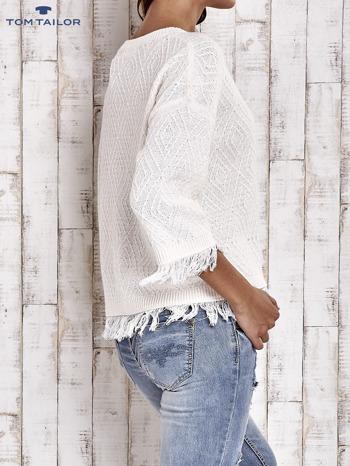 TOM TAILOR Ecru sweter z graficznym wzorem i frędzlami                                  zdj.                                  4