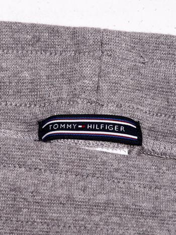 TOMMY HILFIGER Ecru spodnie dresowe w drobne wzory                                  zdj.                                  3