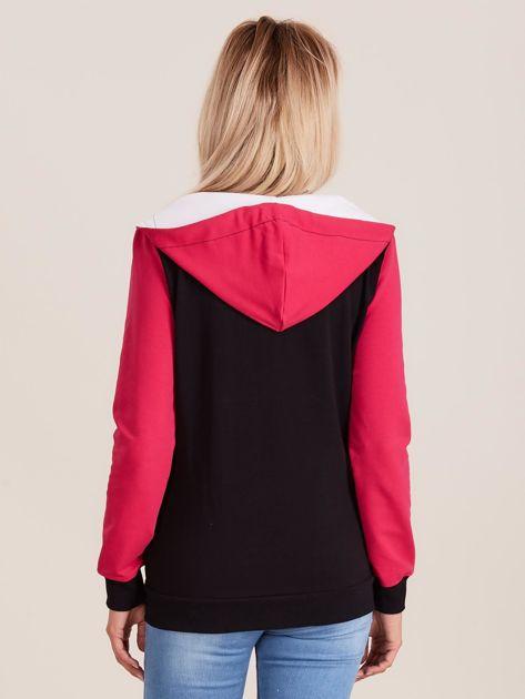 Trójkolorowa bluza z kapturem                              zdj.                              2