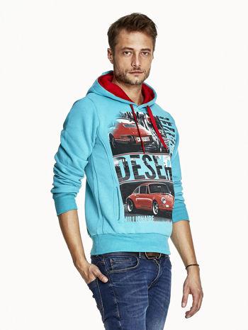 Turkusowa bluza męska z samochodowym nadrukiem                                  zdj.                                  3