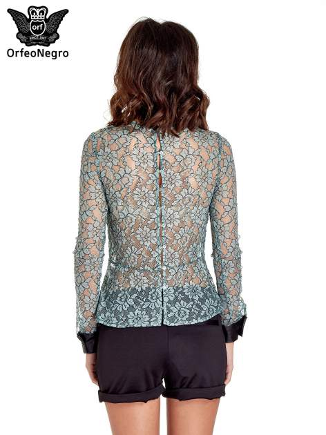 Turkusowa bluzka koszulowa z koronki ze skórzanymi mankietami                                  zdj.                                  4
