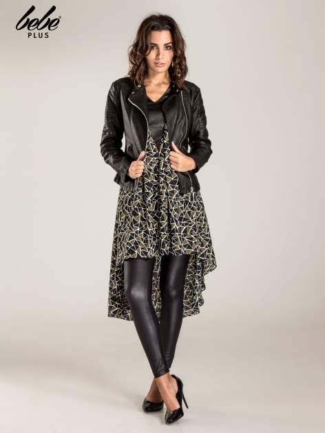 Wzorzysta sukienka mgiełka ze skórzanymi wstawkami                                  zdj.                                  4