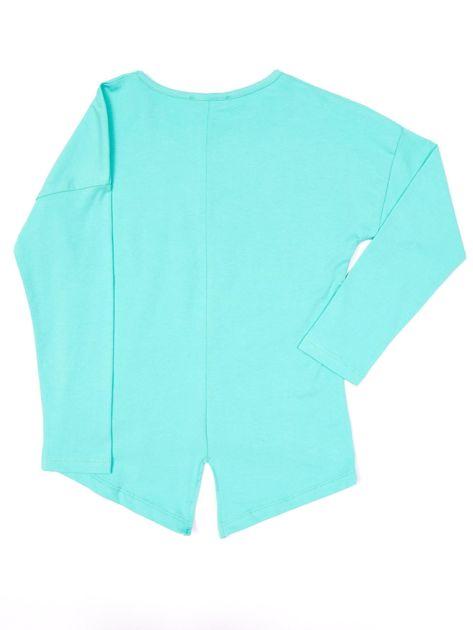 Zielona bluzka dla dziewczynki z napisem i aplikacją                              zdj.                              5