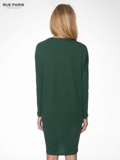 Zielona dresowa sukienka z nietoperzowymi rękawami                                  zdj.                                  4