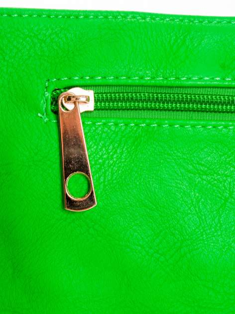 Zielona kopertówka z dżetami motyw apple                                  zdj.                                  4