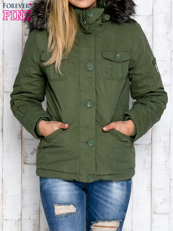 Zielona ocieplana kurtka z suwakami