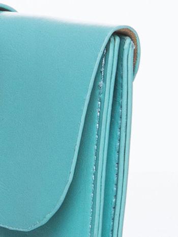 Zielona torebka listonoszka z klapką                                  zdj.                                  7