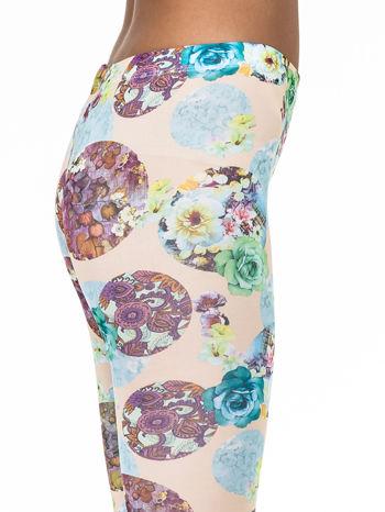 Zielone legginsy z kwiatowymi motywami                                  zdj.                                  6