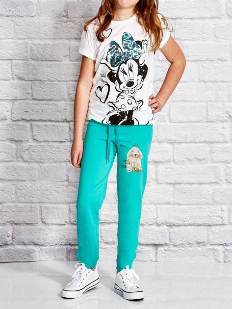 Zielone spodnie dresowe dla dziewczynki z nadrukiem królika                                  zdj.                                  4
