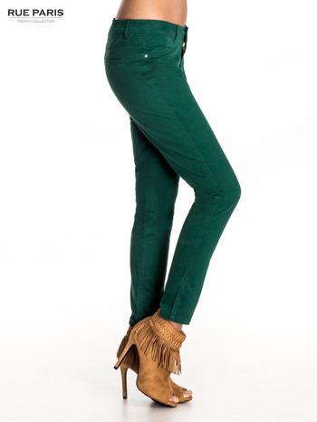 Zielone spodnie materiałowe w stylu chinos                                  zdj.                                  3