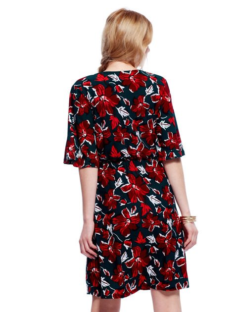 Zielono-czerwona sukienka w kwiaty z kopertowym dekoltem                                  zdj.                                  2