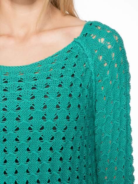 Zielony dziergany sweter z ozdobnymi oczkami                                  zdj.                                  5