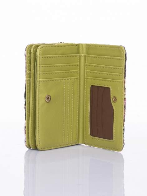 Zielony portfel z kwiatowymi motywami                                  zdj.                                  5