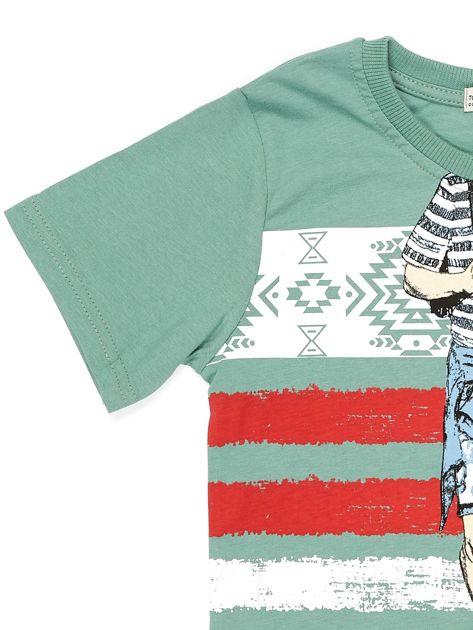 Zielony t-shirt dla chłopca z nadrukiem                              zdj.                              8