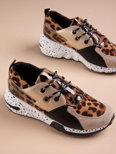 Złote buty sportowe z lakierowaną wstawką w tygrysim printem                              zdj.                              5