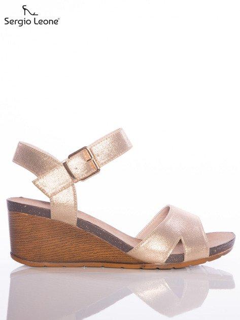 Złote sandały Sergio Leone na koturnach                                  zdj.                                  1