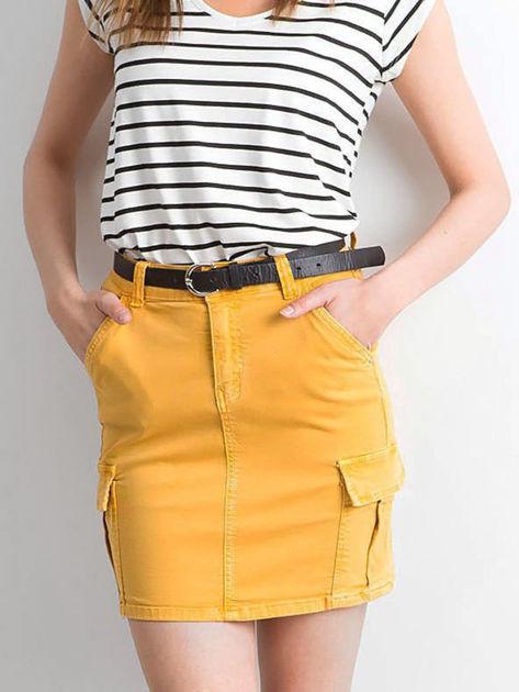 Żółta jeansowa spódnica z kieszeniami                              zdj.                              1