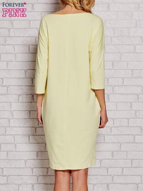 Żółta prosta sukienka dresowa                                  zdj.                                  4