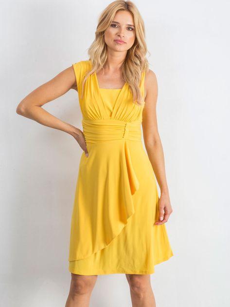 Żółta sukienka Decorative