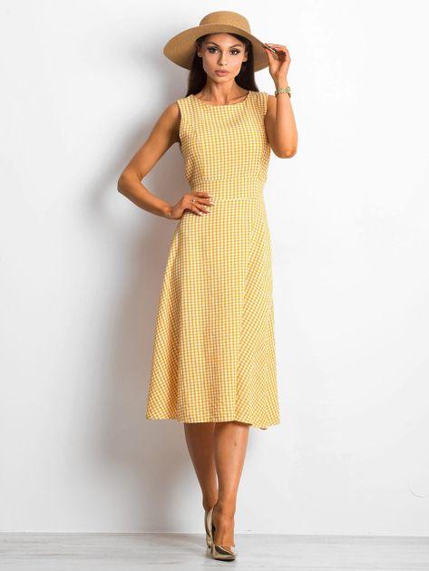 Żółta sukienka Respected                              zdj.                              4