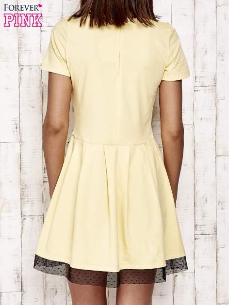 Żółta sukienka dresowa z tiulem w groszki                                  zdj.                                  4