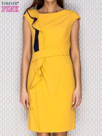 Żółta sukienka koktajlowa z falbaną                              zdj.                              1
