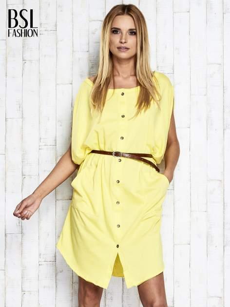 Żółta sukienka oversize z guzikami                                  zdj.                                  3