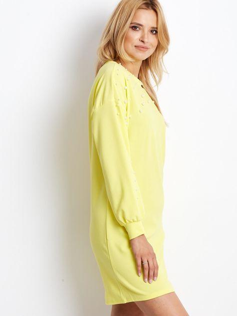 Żółta sukienka z perełkami                               zdj.                              3