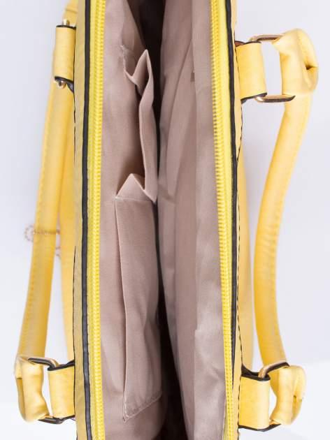 Żółta torba miejska ze złotą zaiweszką                                  zdj.                                  4