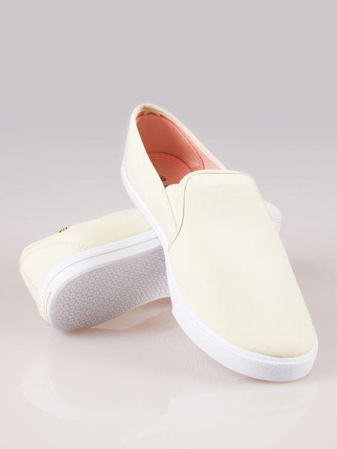 Żółte buty slip on                                  zdj.                                  4